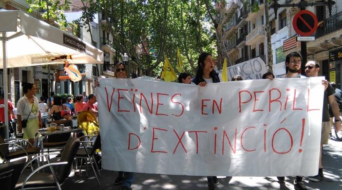 [Nota de Premsa] Veïnes del Poblenou inicien amb una okupació una campanya pel turisme sostenible // 05/06/016
